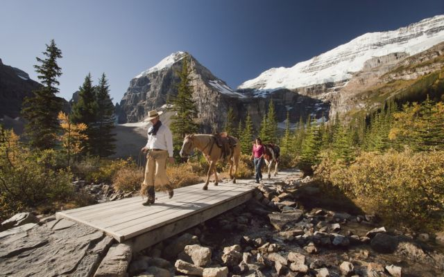 Horseback Riding Lake Louise Sm