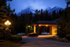 Mountaineer Lodge Twilight